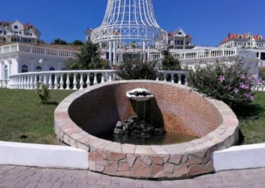 The fountain pump has been replaced on the Central observation deck.