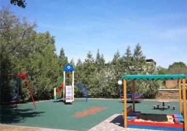 Отремонтирована детская площадка